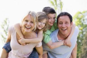 famille heureuse vacances réussies